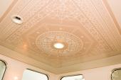 天井模様も洒落てます。