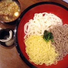 和歌山ラーメン食べに行くか迷って、うどんにしました。