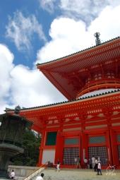 根本大塔。この中に立体曼荼羅ありマンダラ。